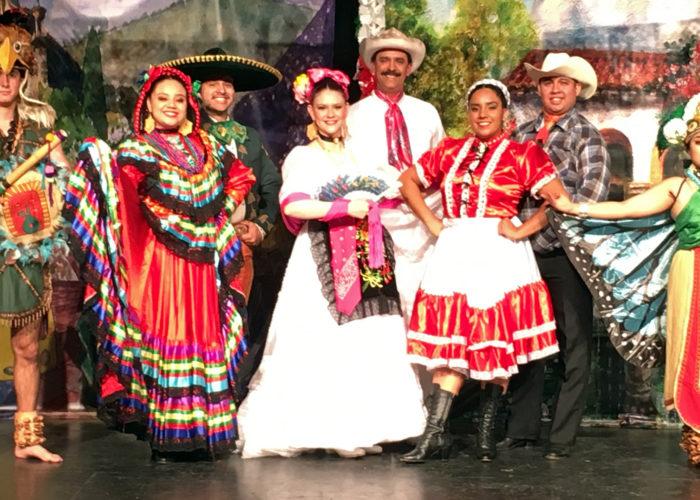 Mexico 2000 Ballet Folklorico: Fiestas de Mexico